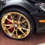 Mercedes SRL McLaren cu jante de aur