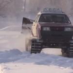 Autovehiculul Lada transformat intr-un adevarat tanc