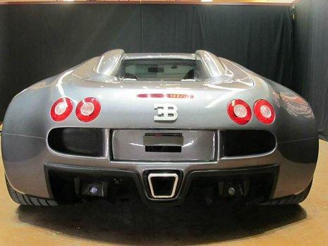 Replica Bugatti Veyron 3